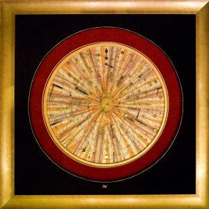 Sehr aufwändige Goldfaden-Arbeit zum Thema 'Zeit' in freier Interpretation einer jahrhundertealten mediteranen Texil-Technik, unter Verwendung von Gold und Materialien der Zeitmessung / Goldfaden (18 kt), Messing, Ölpigmente, schwarzer Brokatsamt. / Format: 130x130 cm, Vergolderrahmen.