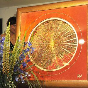 Freie Teneriffaspitze, Goldfäden, Samt, Seide, Blattgold / Format im Gold-Rahmen 135x135 cm