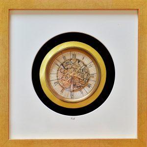 Zeitweise - Fadenkunst-Objekt - Teneriffaspitze, Goldfaden,  im Rahmen 35 x 35 cm