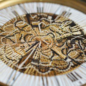 Zeitweise - Fadenkunst-Objekt - Detail