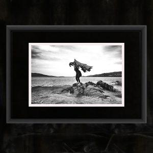 Schwarzweiß-Fotografie auf Baryth-Papier, handsigniert und gestempelt, in Alu-Rahmen