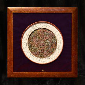 Materialcollage, Seide, Perlen, Naturmaterialien